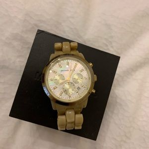 Michael Kors Hold and Cream Ceramic Watch